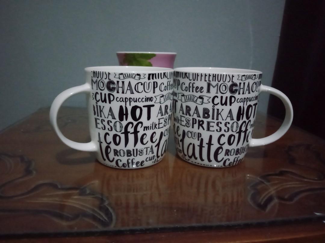 Get 2 Mug cantik coffee
