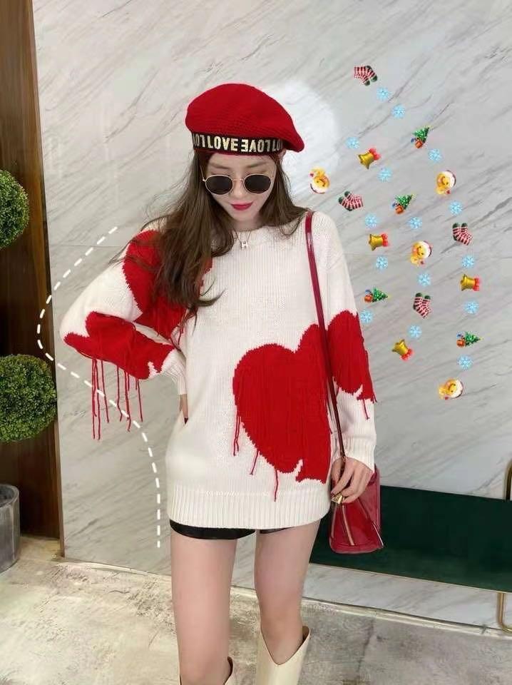 Heart sweater! Brand new