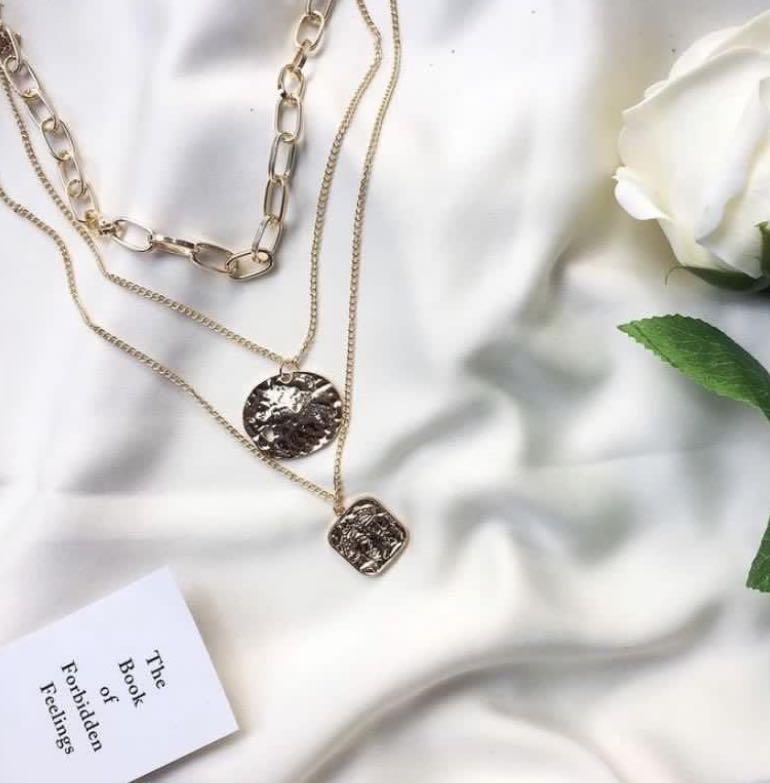 Necklaces / Kalung