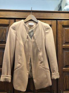 台北東區購入時尚卡其毛呢西裝外套