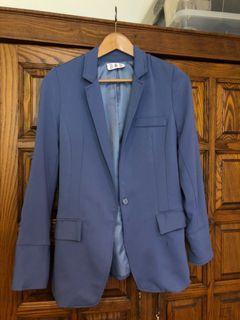 台北東區時尚馬卡龍藍西裝外套