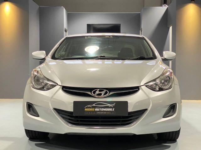 Hyundai Elantra 1.6 (A)