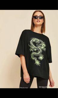 Oversized dragon tshirt