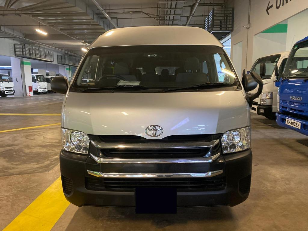 Toyota Hiace 3.0 High Roof GL Bus (A)