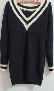 黑色學院風長袖長版針織上衣