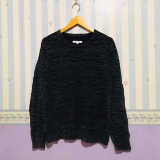 FREE ONG! imp Unisex Textured Pattern Crewneck Sweater