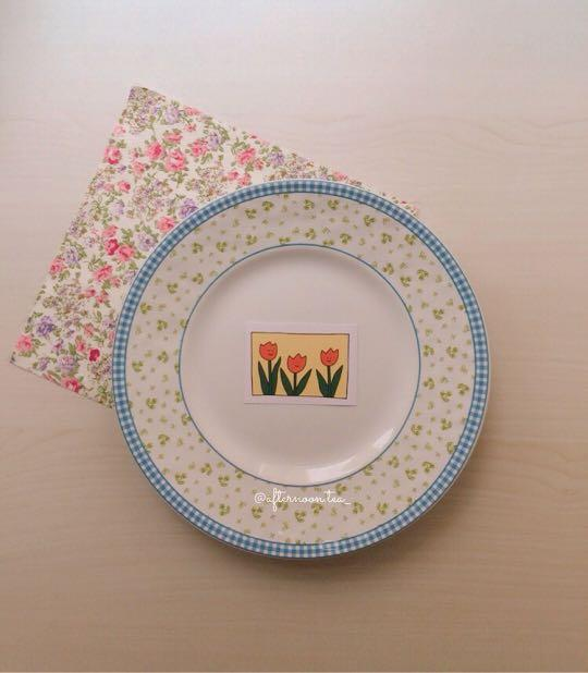 Blue green gardenia plate