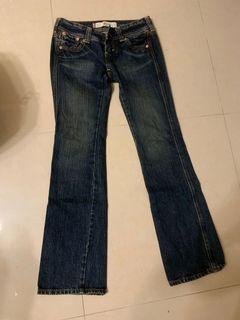 Levi's 小喇叭 牛仔褲