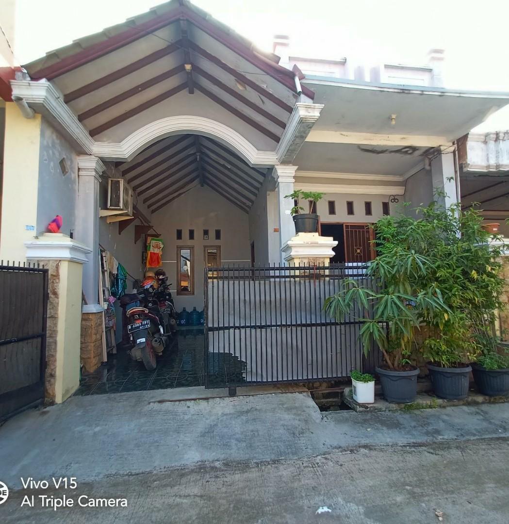 Rumah idaman keluarga terawat baik dkt danau Marakash Bekasi Utara Bekasi