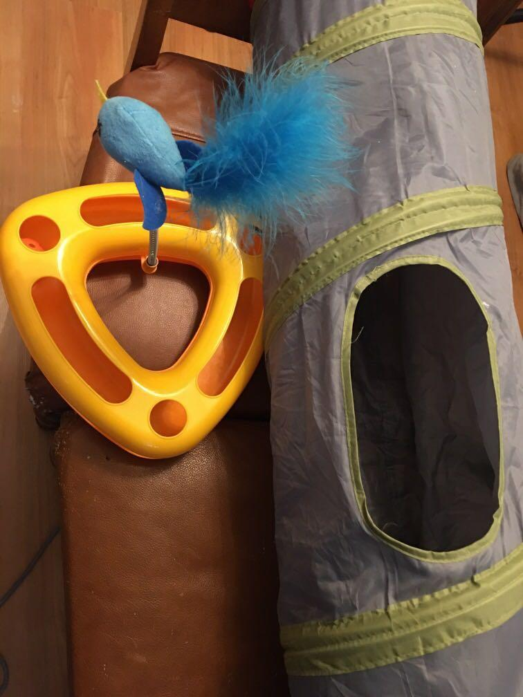 Cat toy and tunnel and free left outs of cat food with purchase of toy or tunnel