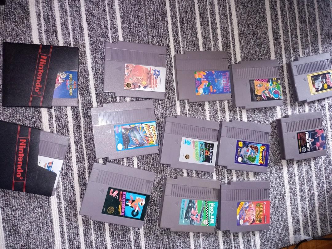Nes console and games