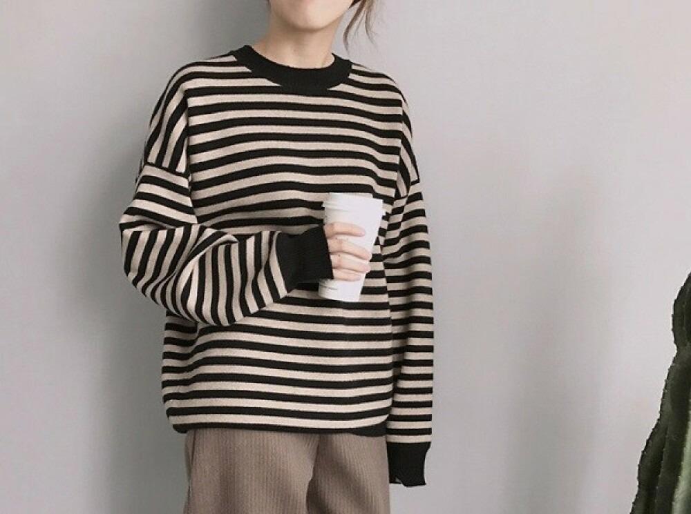 Women soft feel sweater