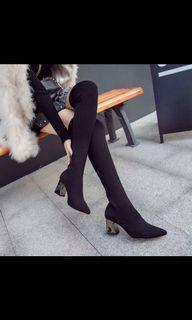 過膝長靴👢