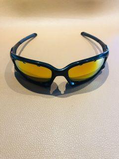 ✅ Oakley Split Jacket (extra lens w case)