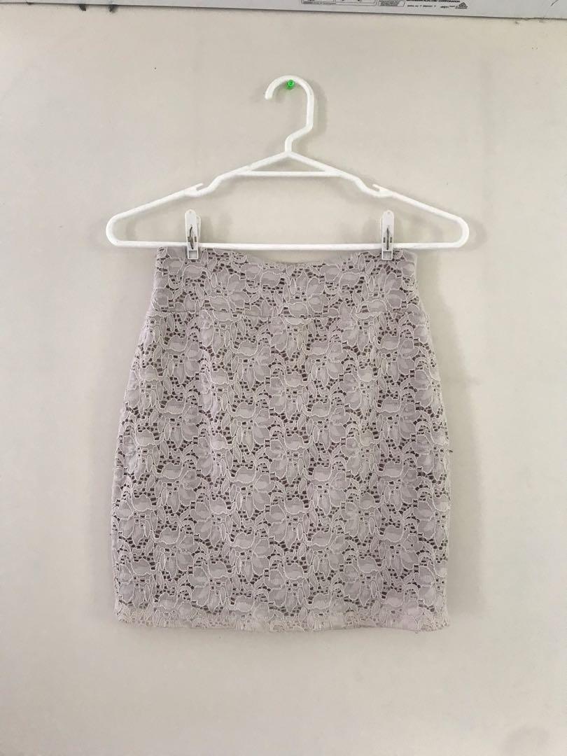 [COTTON ON] cream lace pencil skirt