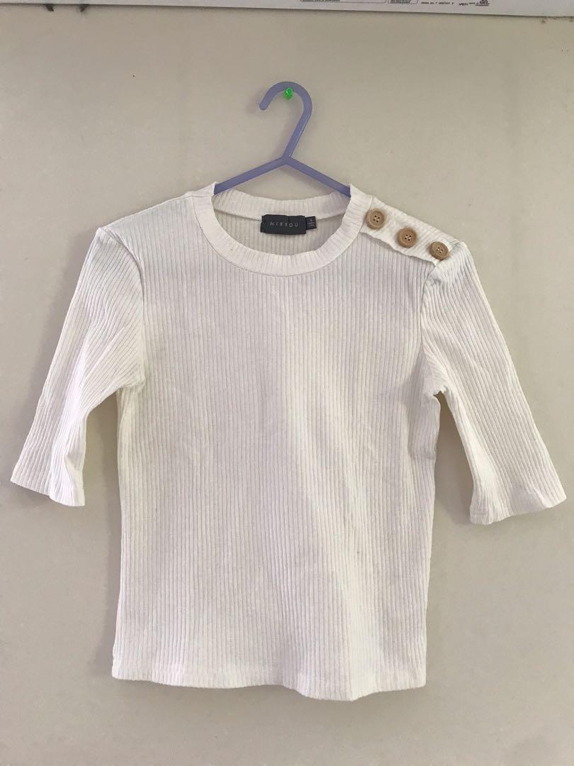 [MIRROU] white buttoned top