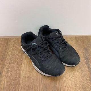 二手Puma23cm黑色慢跑布鞋