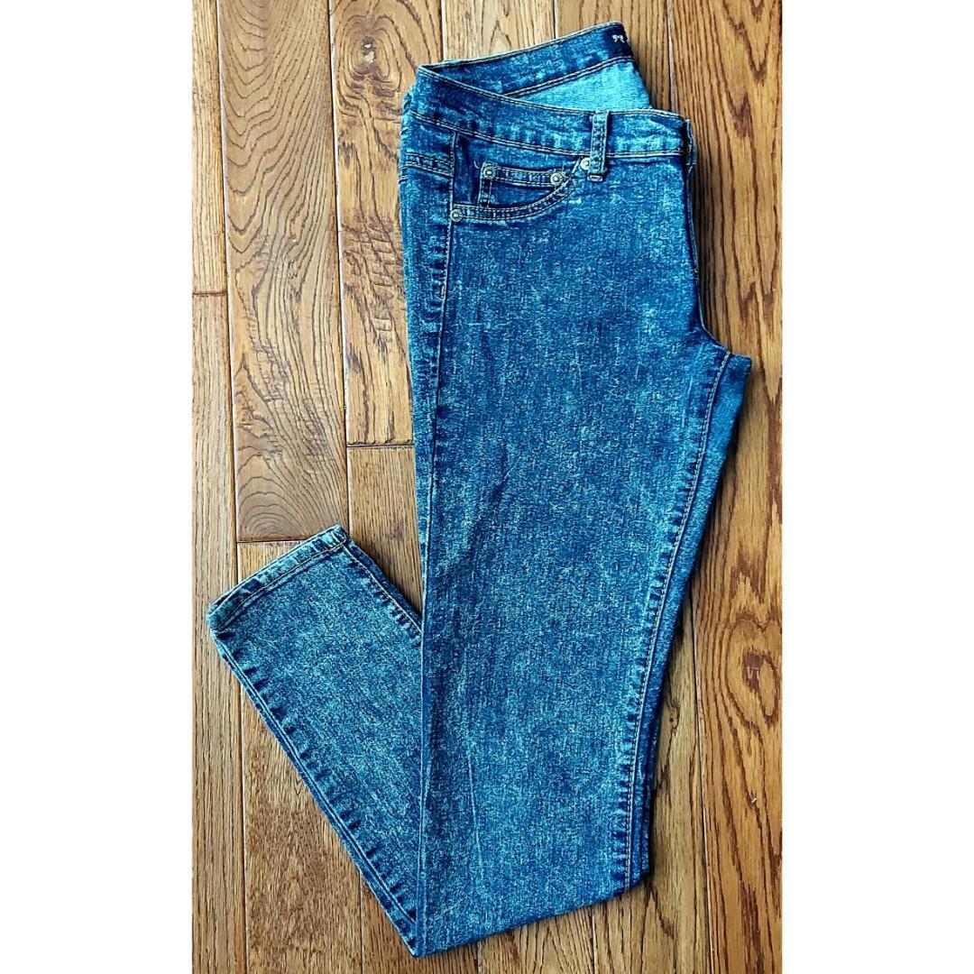 Acid Wash Jeans (Seduction)