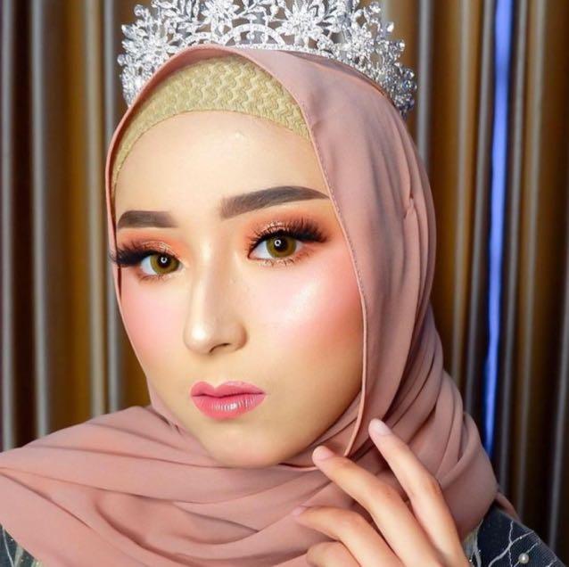 Makeup engagement