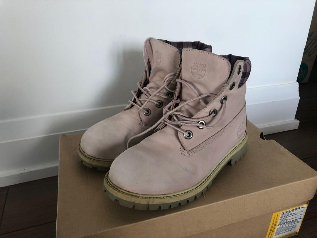 Timberland Premium Boots in pink