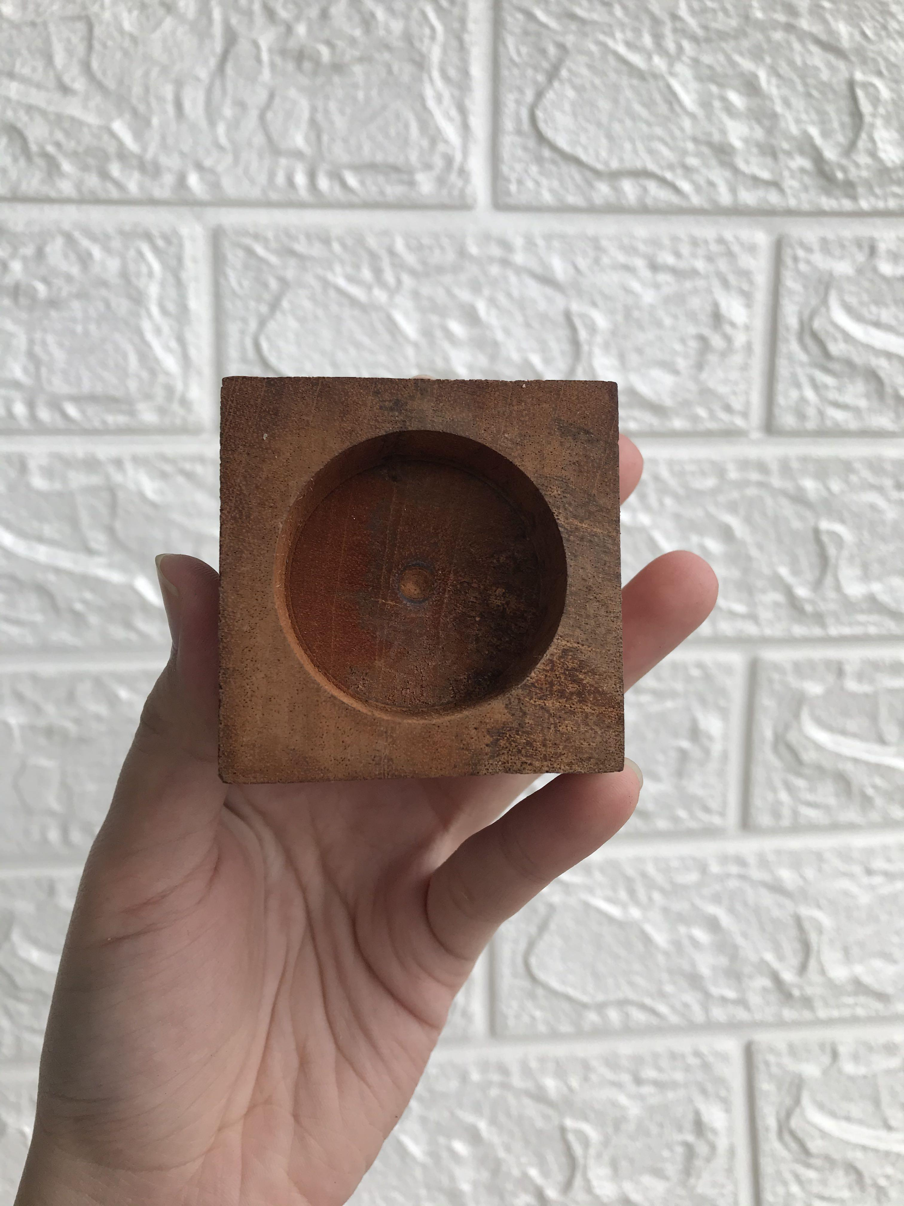 Wooden Egg Stand