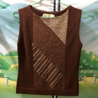 褐色針織背心