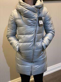 BRAND NEW WITH TAGS NIKE women's parka (size s)