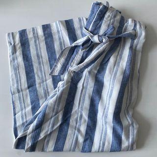 Celana Pants Pull and Bear Biru dan Putih White and Blue Beach Baggy Culottes Wide Leg Crepe