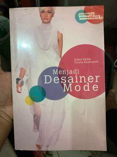 Menjadi Desainer Mode
