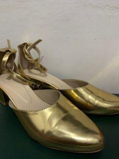 Selop Emas/Heels Emas/Heels Gold