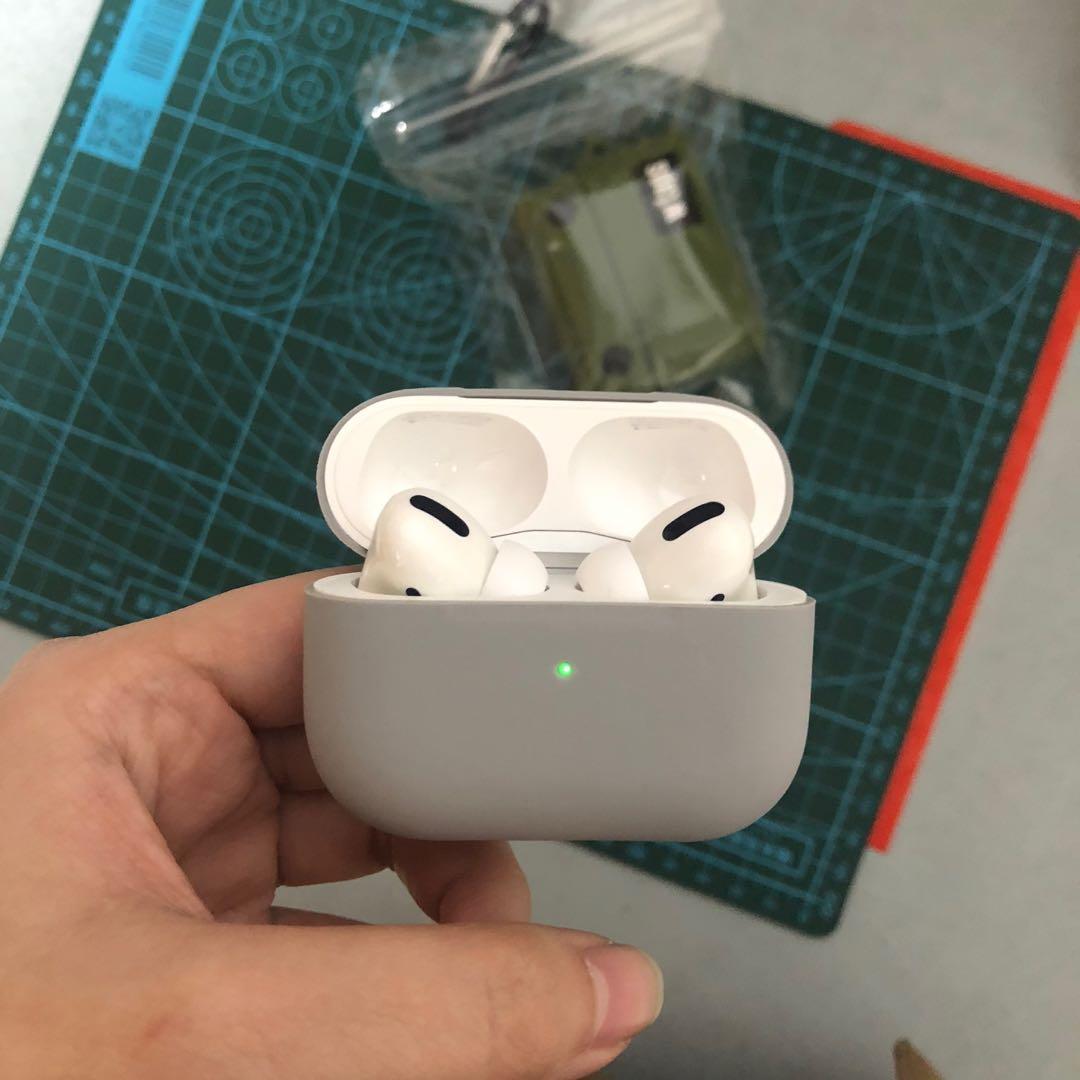 九成九新 apple airpods pro 不議價