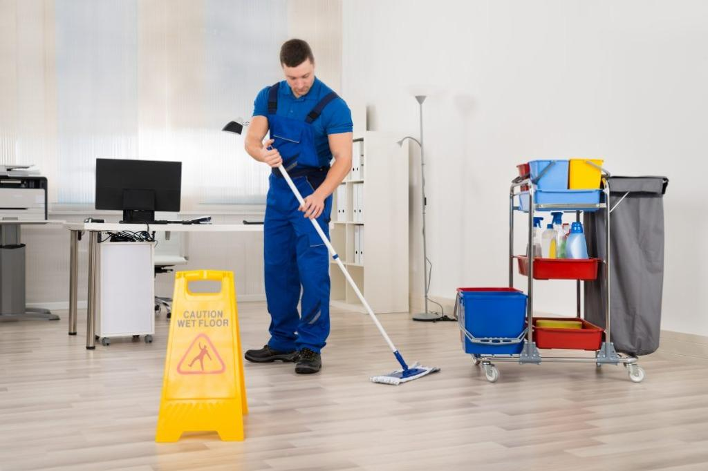 Hiring Full-time Cleaner Floater