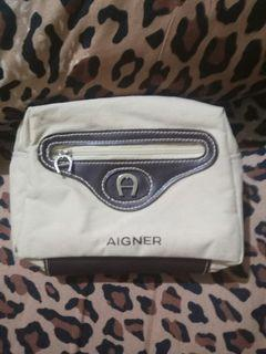 Pouch agner