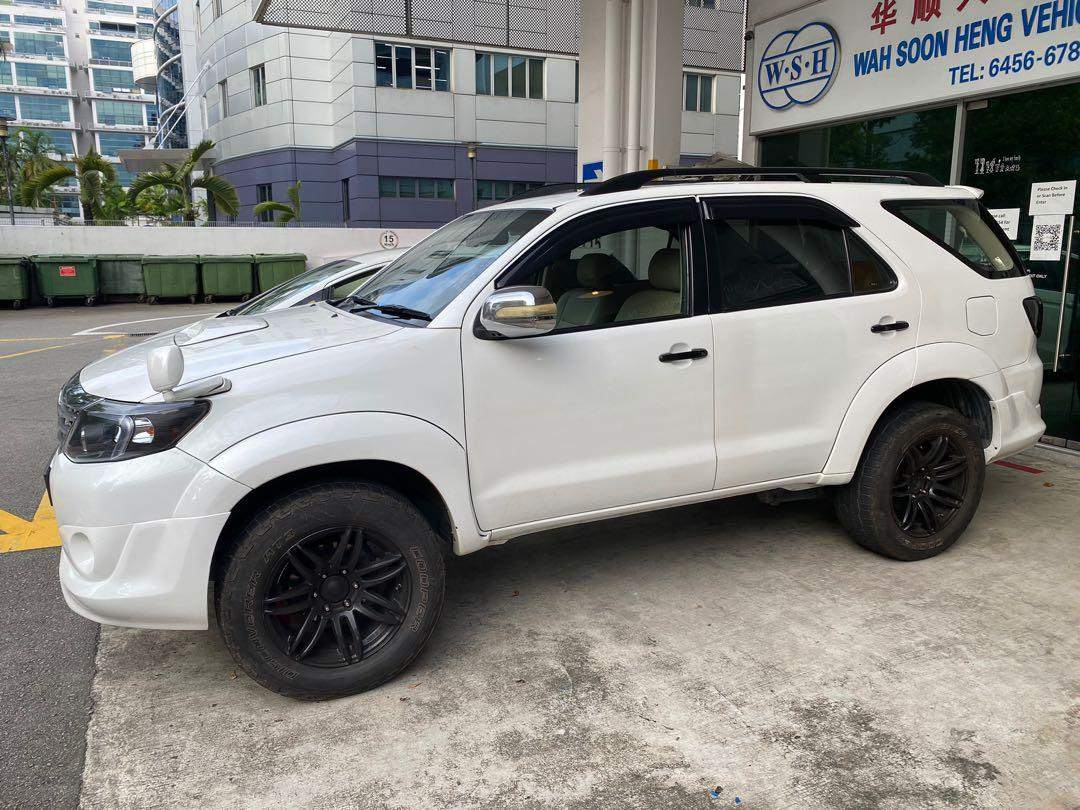 Toyota Fortuner 2.7 7 Seater (A)