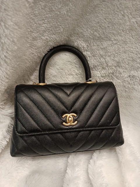 Authentic Chanel Coco Handle  chevron Small Black Caviar GHW #26 Lizard handle