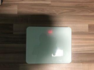 Digital weighting machine.