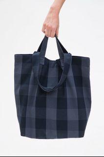 Hher tote bag