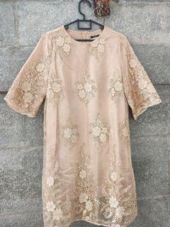 Midi dress Emas / gold tulle bordir
