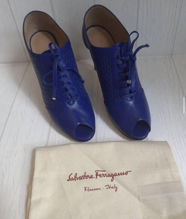 (Nego) Authentic Salvatore Ferragamo Heels