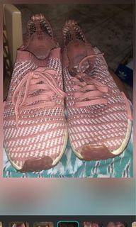 NMD R_1 limited edition Salmon pink