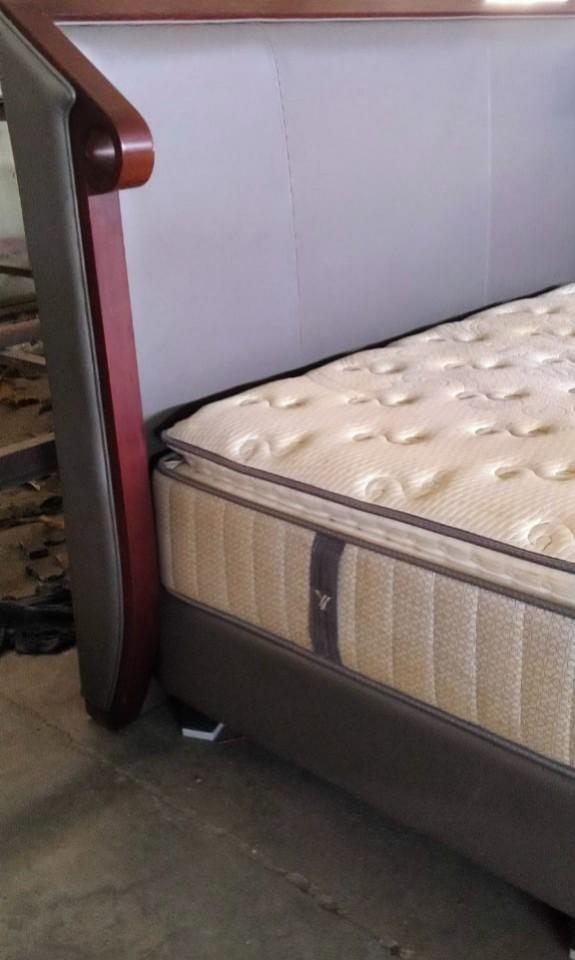 BED SET SERTA I-BALANCE VERY GOOD CONDITION
