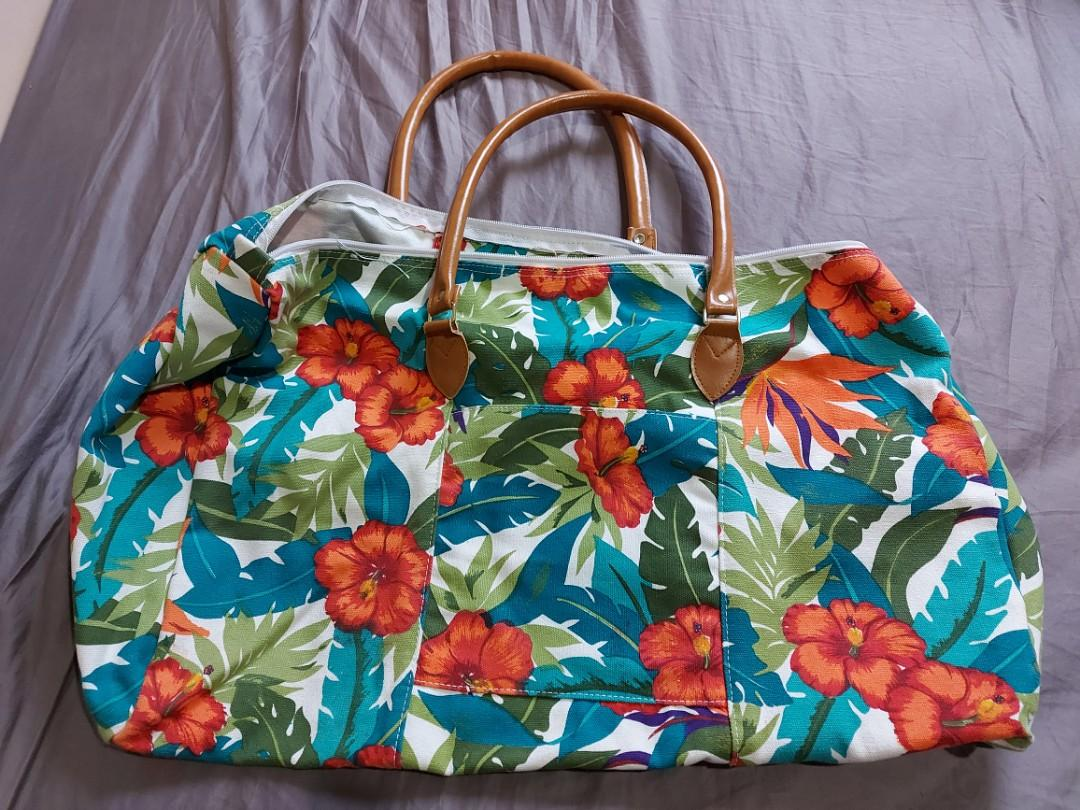 Canvas overnight duffle bag