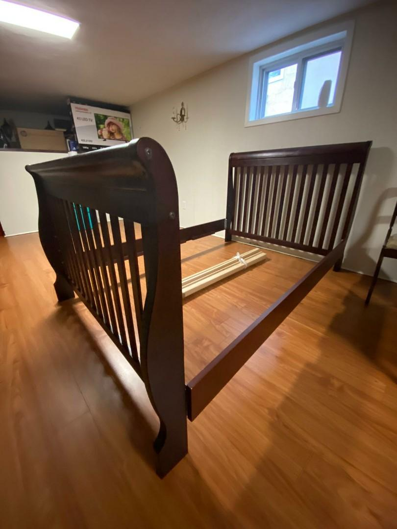 Double Bed Frame - Solid Mahagony Wood