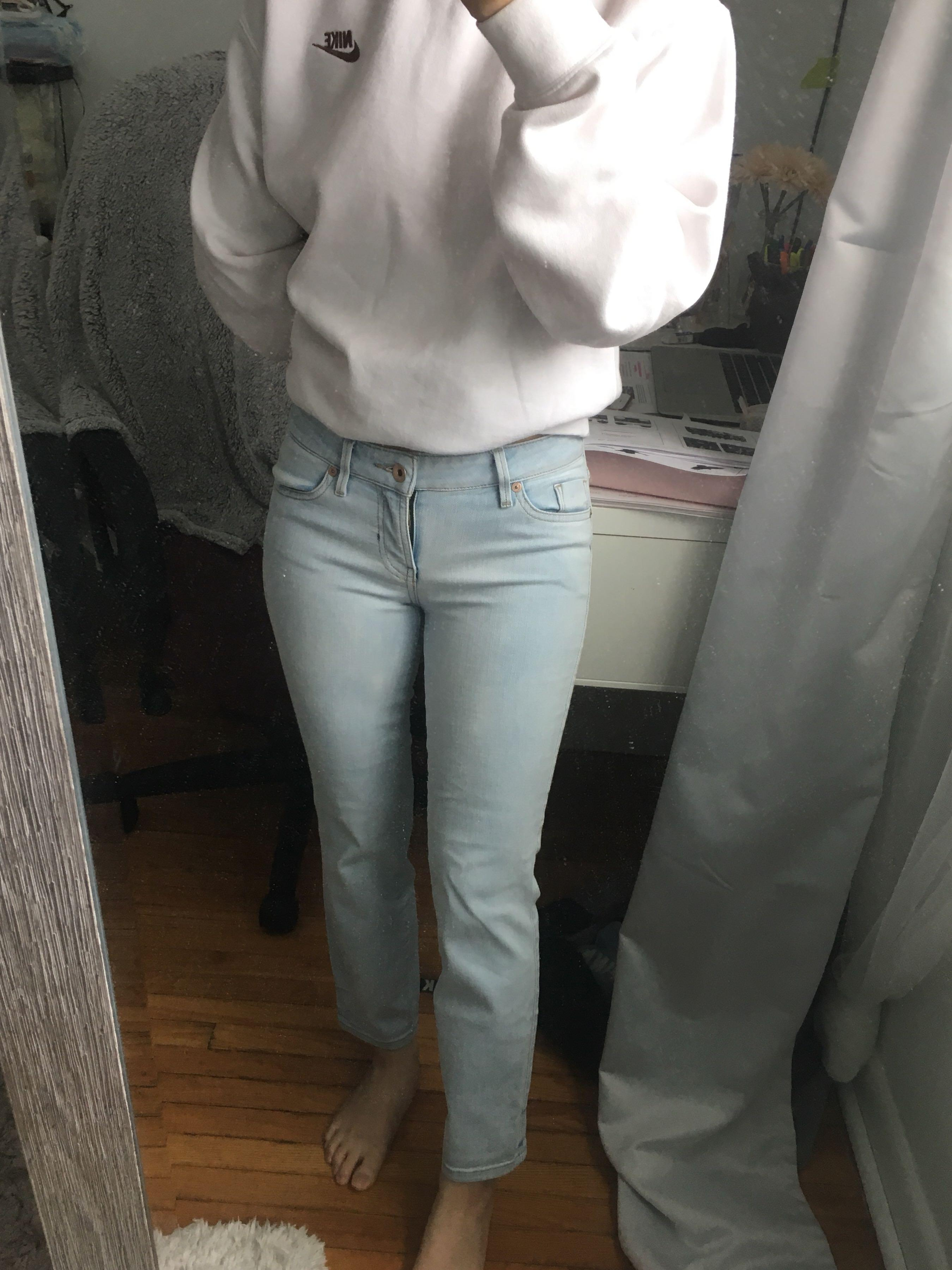 Guess Light Wash Skinny Jeans