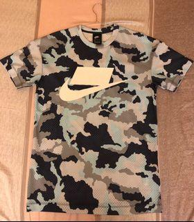 Nike 透氣 短袖上衣