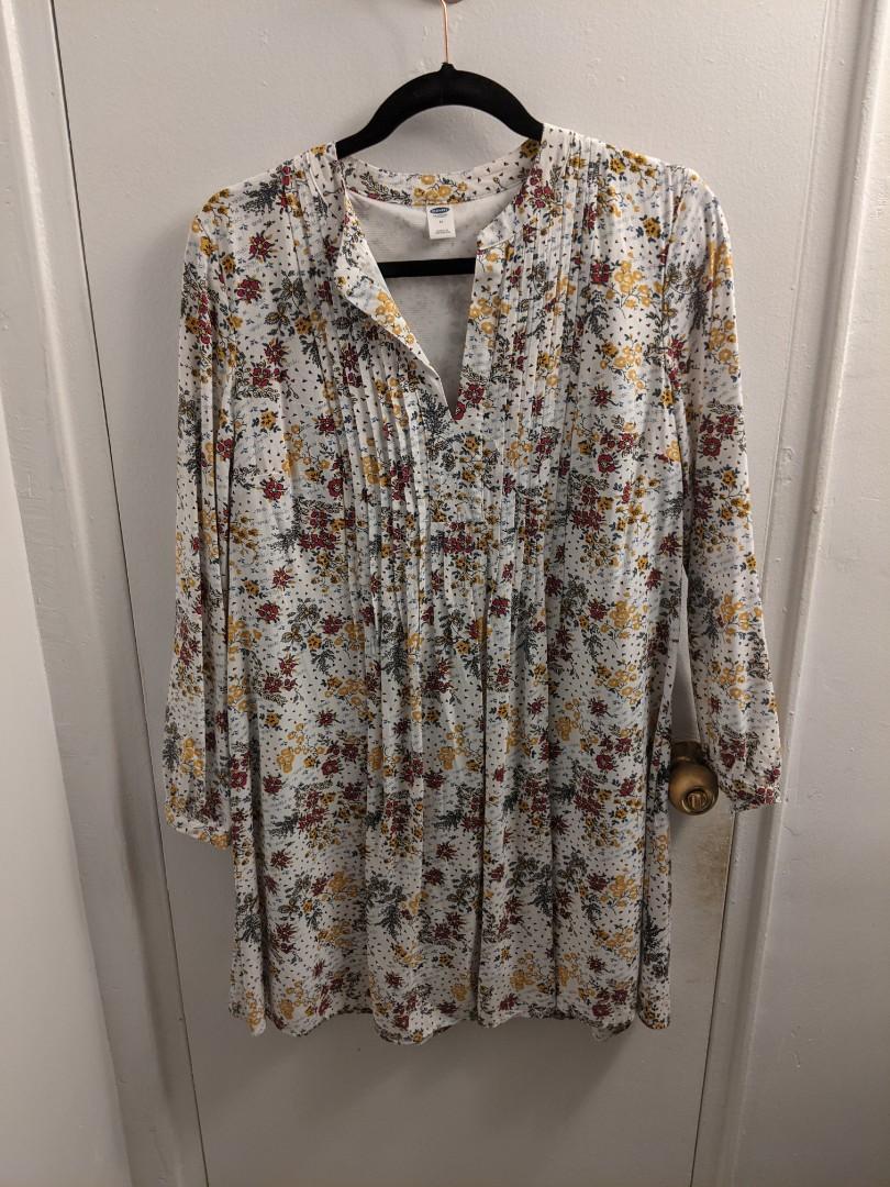 Old Navy Floral Print Dress/Shirt (M)