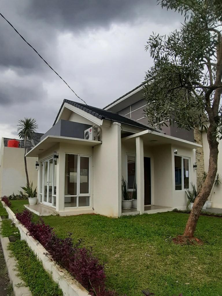 Rumah Siap Huni Lokasi dekat Cimanggis Golf View