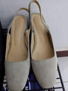 Sappun maroni gray heels #bersih2021
