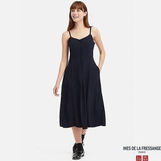 uniqlo ines de la fressange 嫘縈細紋細肩帶洋裝