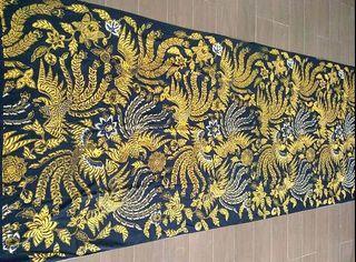 Iwan Tirta kain batik tulis Pekalongan Sawunggaling tarung